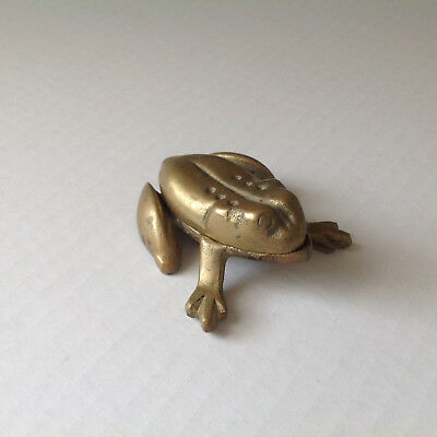 Brass Frog OPENS UP Dish Ashtray? 4.5 OZ Deco Animal Display Curio Stashbox Rare