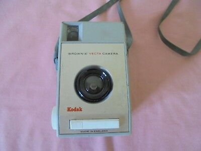 Retro Kodak Camera Brownie Vecta