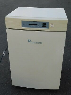Forma Scientific CO2 Water Jacketed Incubator 3130