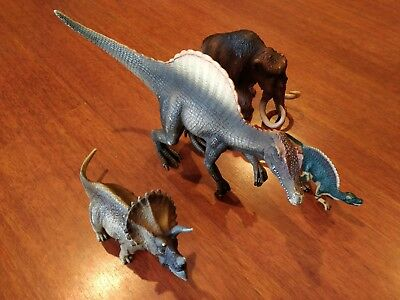 Schleich DINOSAURS lot of 4. Spinosaurus X 2, mammoth, Triceratops.