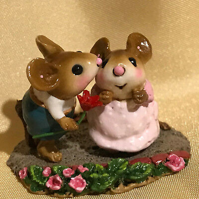 Wee Forest Folk kissing couple with flowers by Donna Petersen