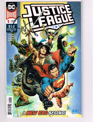 Justice League #1 Signed by Scott Snyder w/COA - DC COMICS Midtown Comic