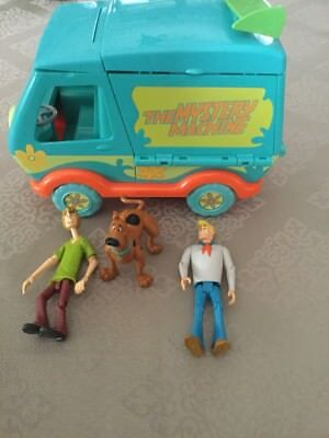The Mystery Machine With Scooby-Doo Shaggy