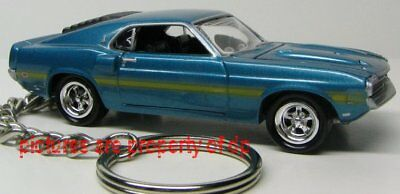 Keychain 1969 Ford Shelby Mustang GT 350 model car key chain ring 1970 cobra jet
