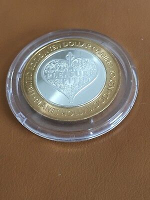 Limited Edition Planet Hollywood $10.00 Gaming Token Silver Center In Acrylic Cs