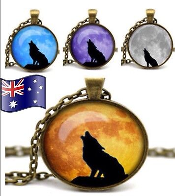 Howling Wolf Werewolf Full Moon Glass Cabochon Vintage Pendant Necklace Gift New