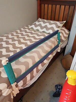 """USED SAFETY 1ST Baby Toddler Bed Rail 42"""" 106cm Foldable Portable Guard"""
