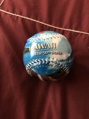 Hawaii 50th USA State Souvenir Collectible Baseball in Display Globe