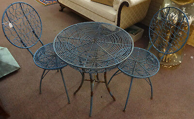 Unusual Vintage Iron Garden / Patio Set Graphic Design Table w/ 2 Chairs Fancy!