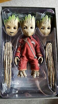 Hot Toys Baby Groot Top Zustand Marvel Guardians of the Galaxy Avengers