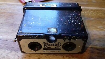 ROBIN HOOD Stereo  Camera. Coloured Bakelite Body.  Instructions Printing Paper.