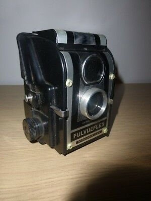 VINTAGE ROSS ENSIGN FULVUEFLEX SYNCHROFLASH CAMERA  with original leather case