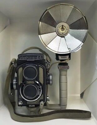 Vintage Gray Grey Yashica-44 LM TLR Twin Lens Reflex Camera With Grip & Flash