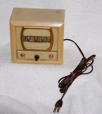 NUMECHRON VINTAGE TELEVISION CLOCK LIGHTED TIME ROLLING DIAL WORKING 1950's #700