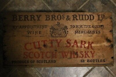 Wooden CUTTY SARK Scotch Whisky Crate Advertising Crate Berry Bros and Ruud