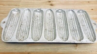 Cast Iron Metal Corn Bread Cob Mold cookwear muffin USA Vintage Antique Bakewear