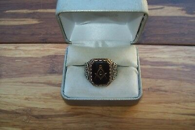 Vintage 925 Sterling Silver Black Glass Stone Masonic Compass G Ring - Size 10.5