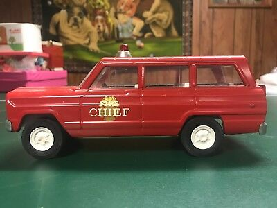 Vintage TONKA Fire Chief Red JEEP Vehicle Fire Rescue Toy Truck Wagoneer