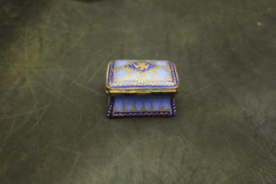 Fine Antique Vintage Hand Painted Porcelain Pill/snuff/trinket Box -Free Ship-Nr