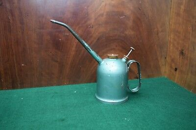 Vintage Rega Three Quarter Pint 031 Squirt Can Old Tool