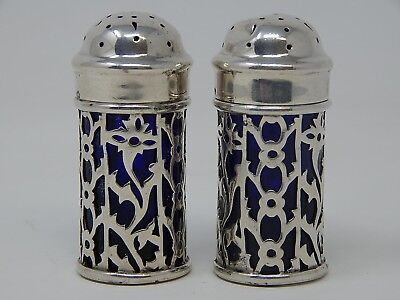 Pair of Edwardian silver pierced peppers, hallmarked London 1903 in very good co