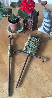 Vintage Antique Victorian Cast Iron Garden String Line Marker And Pin
