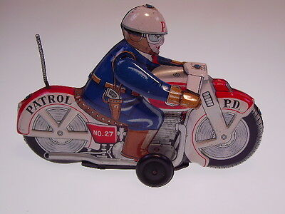 "GSMOTO TT JAPAN MOTORAD  ""POLICE PATROL NO 27"", 15 cm, NEARLY NEW/NEU/NEUF !"