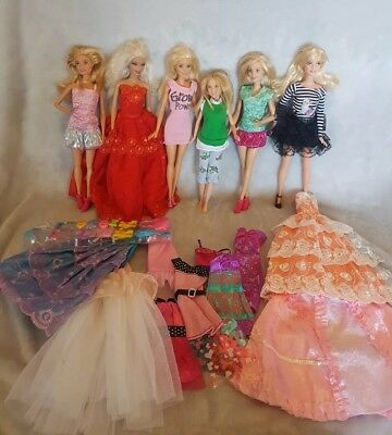 Barbies Pre loved dolls bulk lot clothes and accessories  lot 66