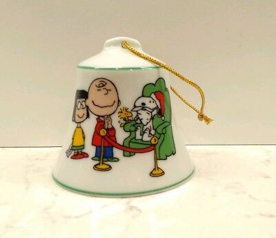 1977 Peanuts Charlie Brown Snoopy porcelain christmas bell ornament