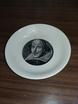 Shakespeare exhibition small Plate 1564/1964 Made For Wh Smith