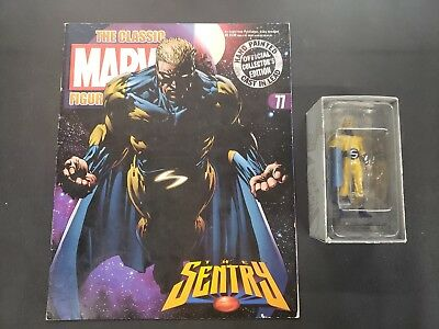 Marvel Classic Figurine Collection: The Sentry #77 Comic and Figurine