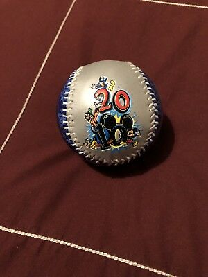 Collectible Baseball Walt Disney World 2010 in Display Globe