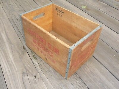 "Hartford Club Beverages Wooden Crate 16 1/2"" x 11"" x 10"""