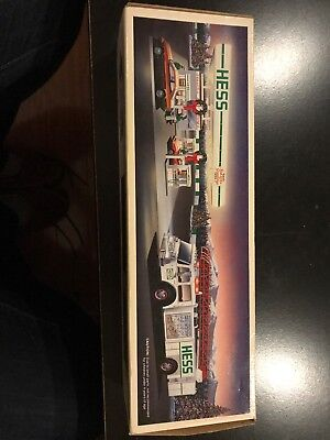 1989 HESS TOY FIRE TRUCK WITH ORIGINAL BOX And Original Tag On Rear-NEW