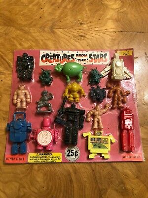 Vintage Vending Machine Toy Display CREATURE FROm The sTARs Old