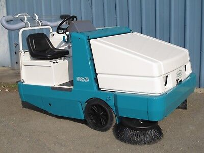 Tennant 355 Ride-On Sweeper, Powered By Ford 1.3L Gas
