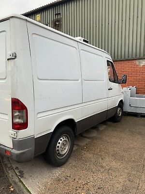 Refrigerated Mercedes sprinter SWB 2004