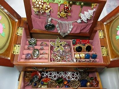 Vintage Lot Of Brooches-Rings-Necklaces-Bracelets-Earrings & More