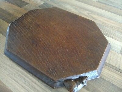 Excellent condition VINTAGE Robert Thompson Mouseman Hand Carved  Bread Board
