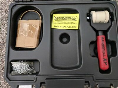 Magnepull XP1000LC Magnetic Cable Puller