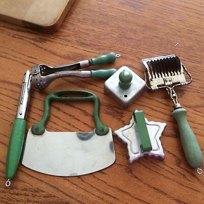Lot of 6 OLD GREEN HANDLED KItchen Tools