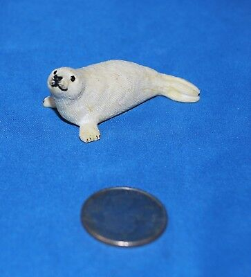 Safari LTD Harp Seal Pup in Good Used Condition