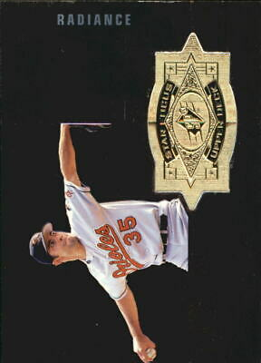1998 SPx Finite Radiance Orioles Baseball Card #144 Mike Mussina SF /3500