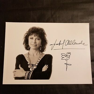 Isabel Allended author autograph signed photo