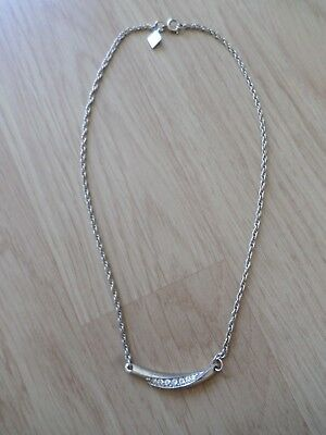Sarah Coventry Gold Plated Glass Stone Set 14.5 Inch 5.8g Necklace BARGAIN