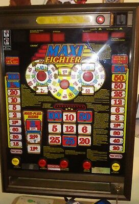 Geldspielautomat Crown Maxi Fighter