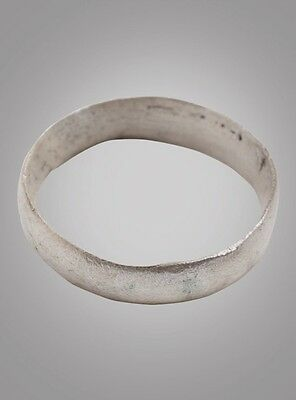 Wedding ring from the Viking Age C.866-1067A.D. Size 12 1/4 (21.3mm)(BRR837)