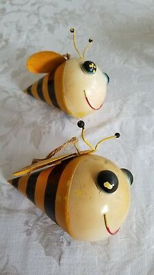 Vintage rustic metal painted decor bumblebee hanging shabby garden retro yellow