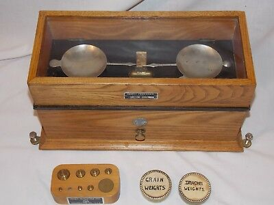 Henry Troemner Oak Case Scale Model 190B Pharmacy Apothecary w Weights Vintage