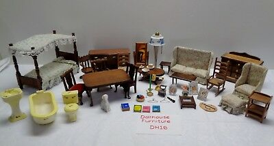 Miniature Dollhouse FURNITURE Wood and Ceramic with Small Accessories DH17